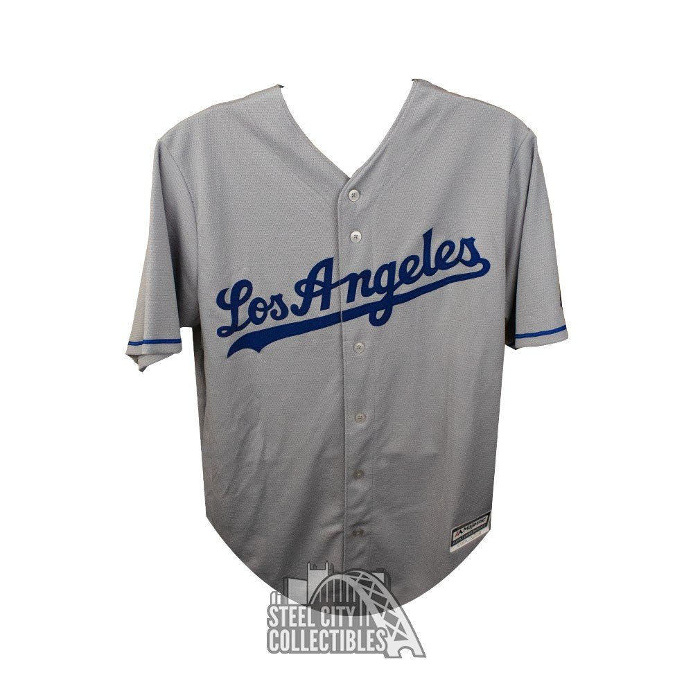 newest 175f1 14f1c Cody Bellinger Autographed Los Angeles Dodgers Gray Majestic Baseball  Jersey - Fanatics