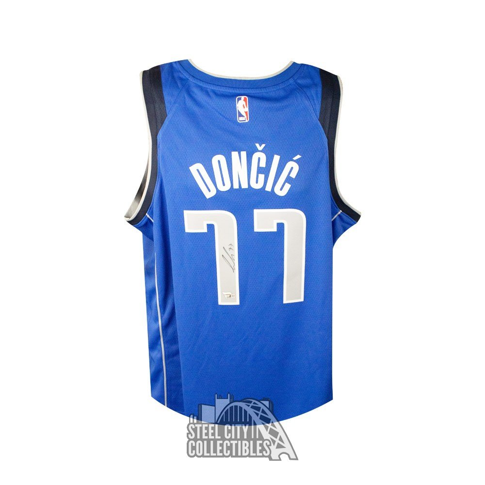 best service 12647 7ec0f Luka Doncic Autographed Dallas Mavericks Authentic Basketball Jersey -  Fanatics