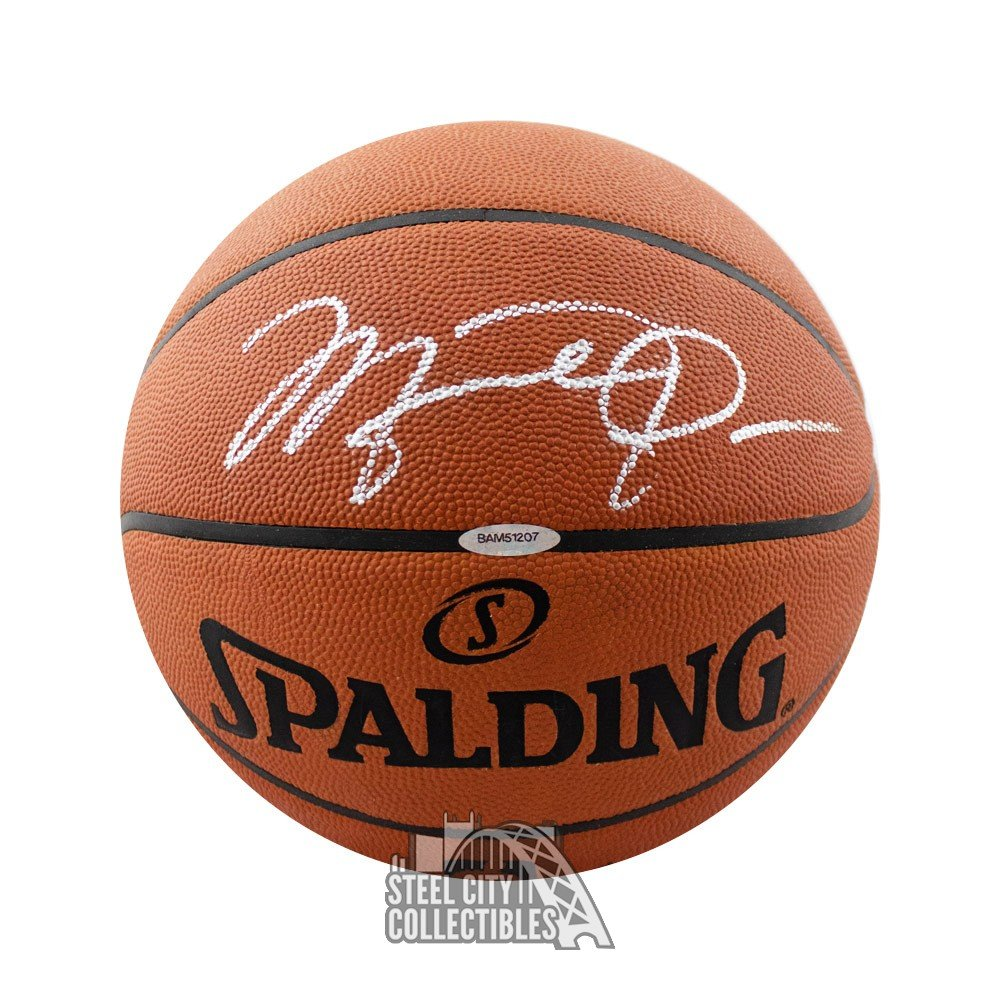 Michael Jordan Autographs and Signed Memorabilia